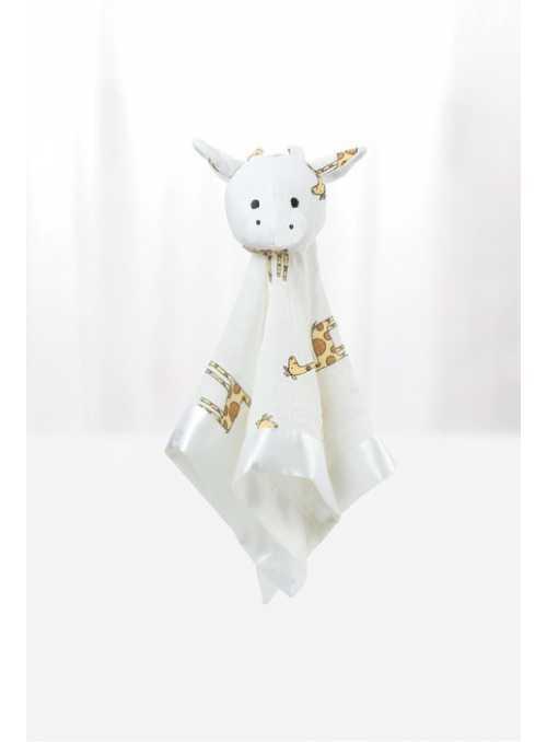 Kravička – hračka z plienky s potlačou so žirafami