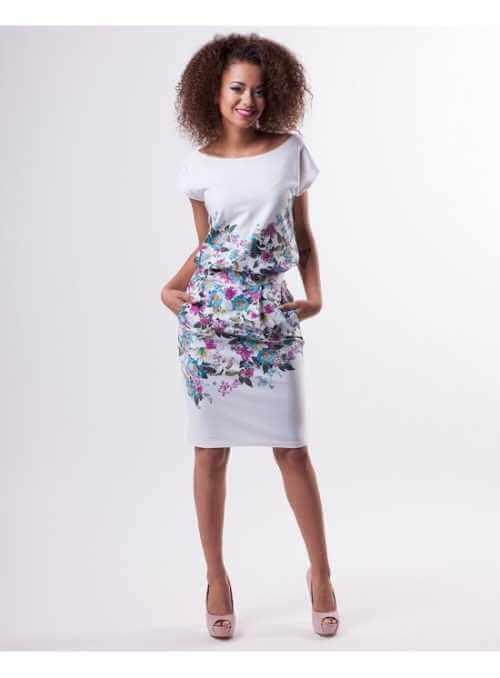 Biele puzdrové šaty s kvietkami