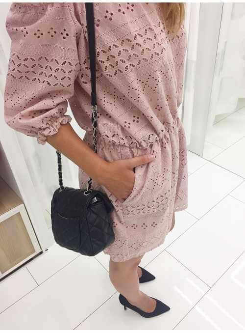 Vyšívaný bavlnený overal - pudrovo ružový