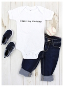 "children's bodysuit with short sleeves ""I love my mommy"""