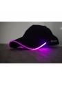 Iluminačná šiltovka s fialovým svetlom