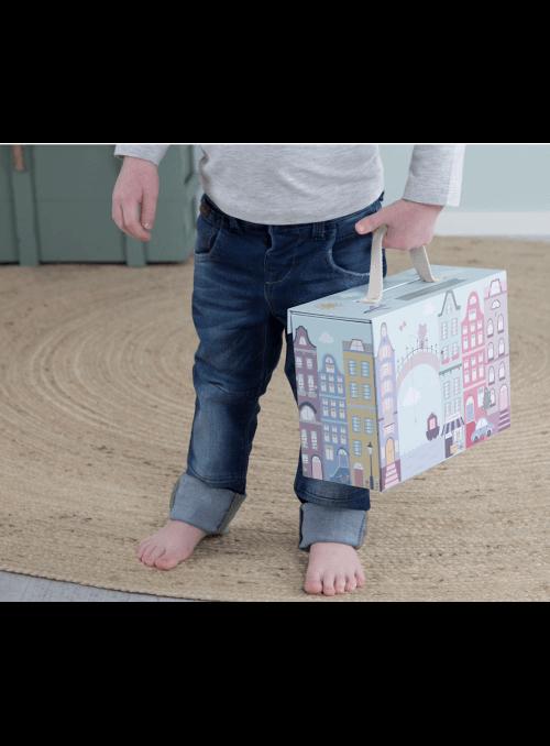 Moje mesto v kufríku, drevená hračka