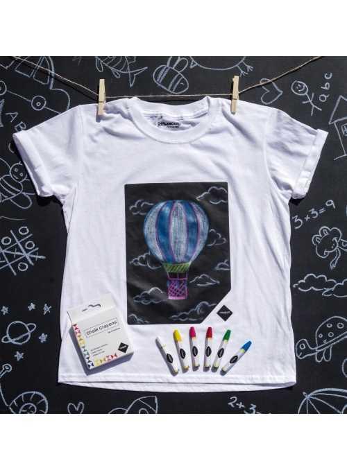 Children fun t-shirt with a blackboard + chalks
