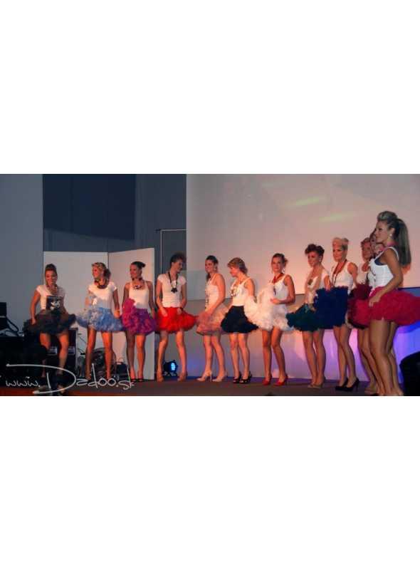 (4/2012-CZ) Módna show, Hodonín