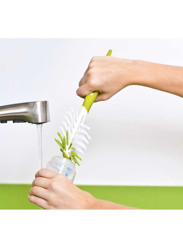 Scrub – brush for cleaning bottles
